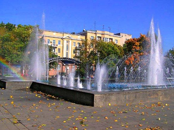 Фонтан в парке 40 летия Победы возле Технопарка.